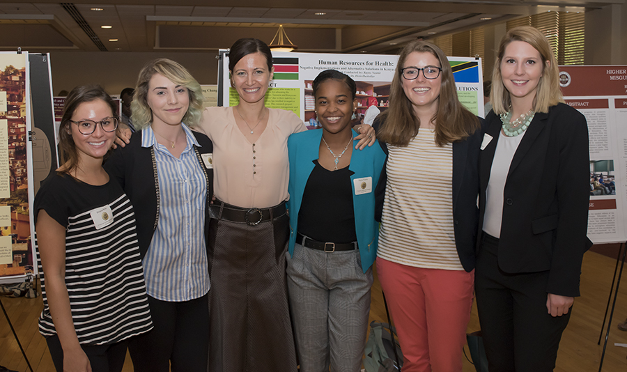 GCC Students at Undergraduate Research Symposium